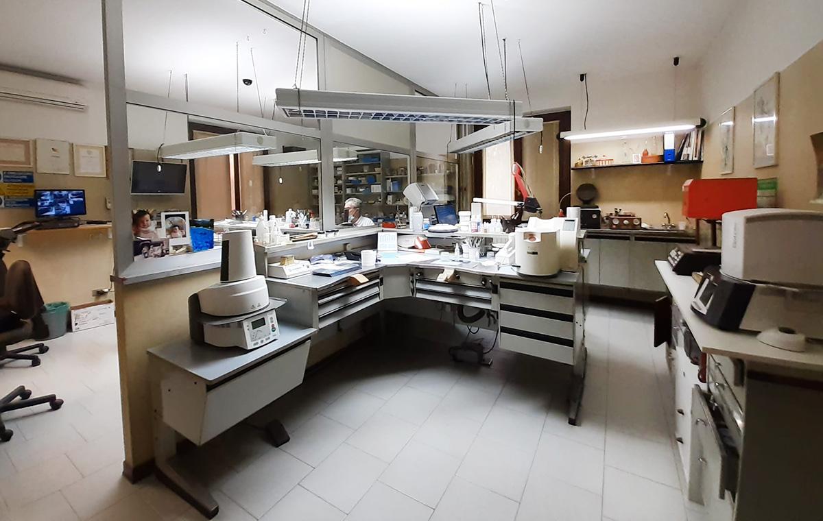Studio Dentistico Arienti laboratorio odontotecnico